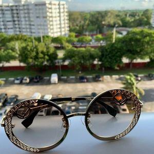 Ladies Gold sexy sunglasses Fendi
